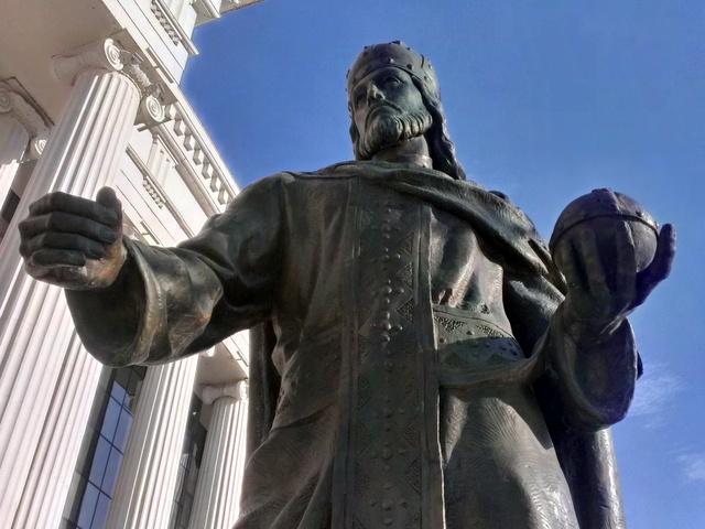 Podneta Tuzba Zbog Spomenika Caru Dusanu Balkan Insight