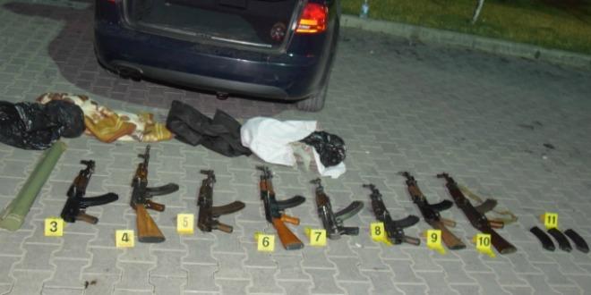 Arms Dealing Suspect's Kosovo Embassy Ties Pose 'Flight Risk