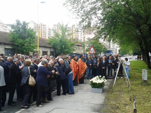 1992 Yugoslav People's Army column incident in Tuzla