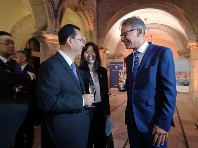 Croatian Tourism Minister Gari Cappelli and Chinese Tourism Minister Luo  Shugang. Photo  Ministry of Tourism of the Republic of Croatia 34e5ca98fbe5