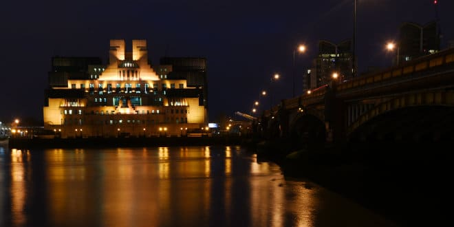 mi6-hq-london-epa-facundo-arrizabalaga-660.jpg