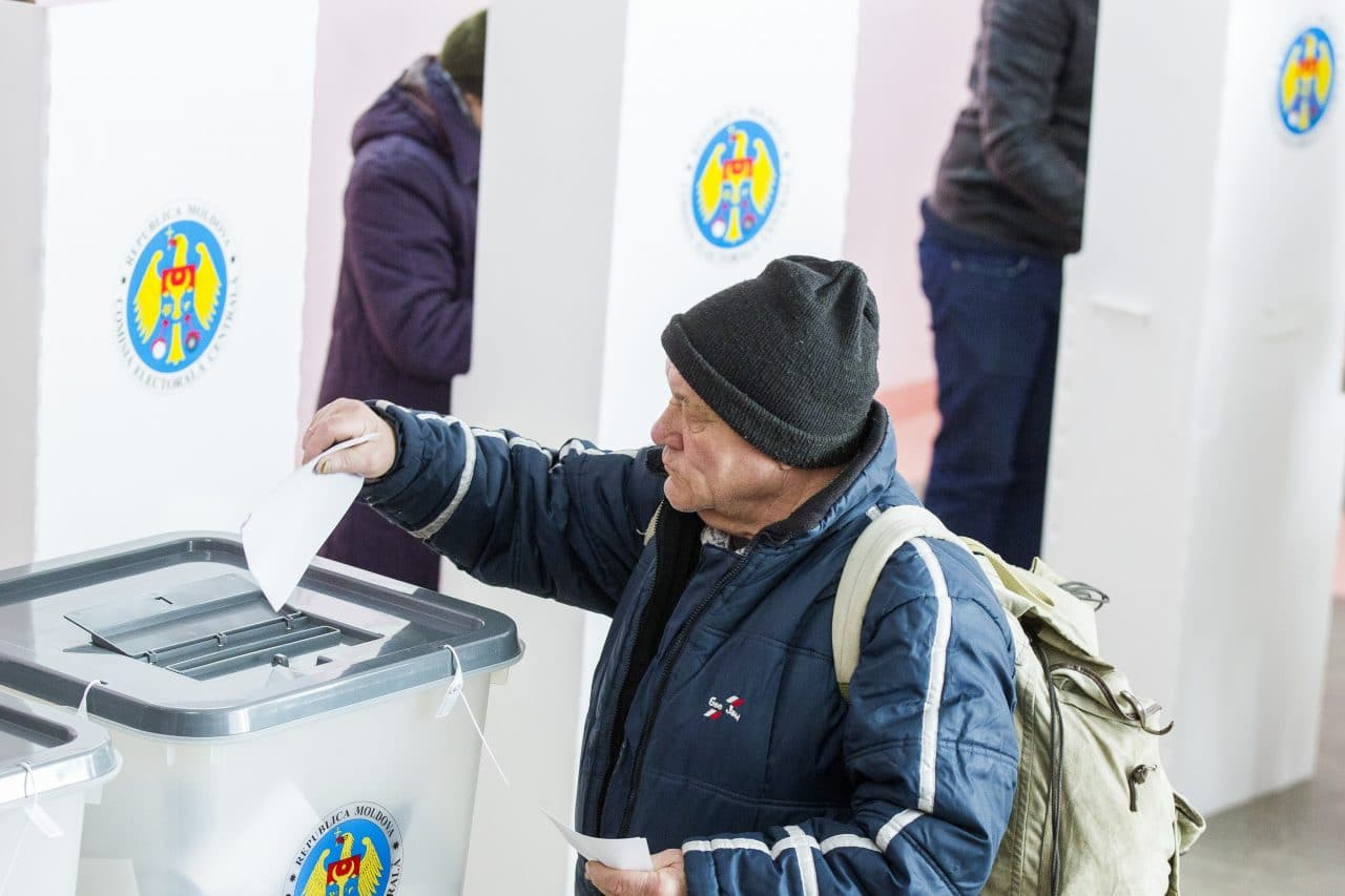 OSCE Says Transnistrians were 'Bussed in' to Vote in Moldova