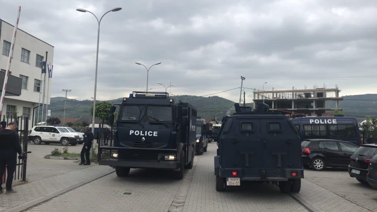 Kosovo Police Stage Major Raid in Serb-Majority North