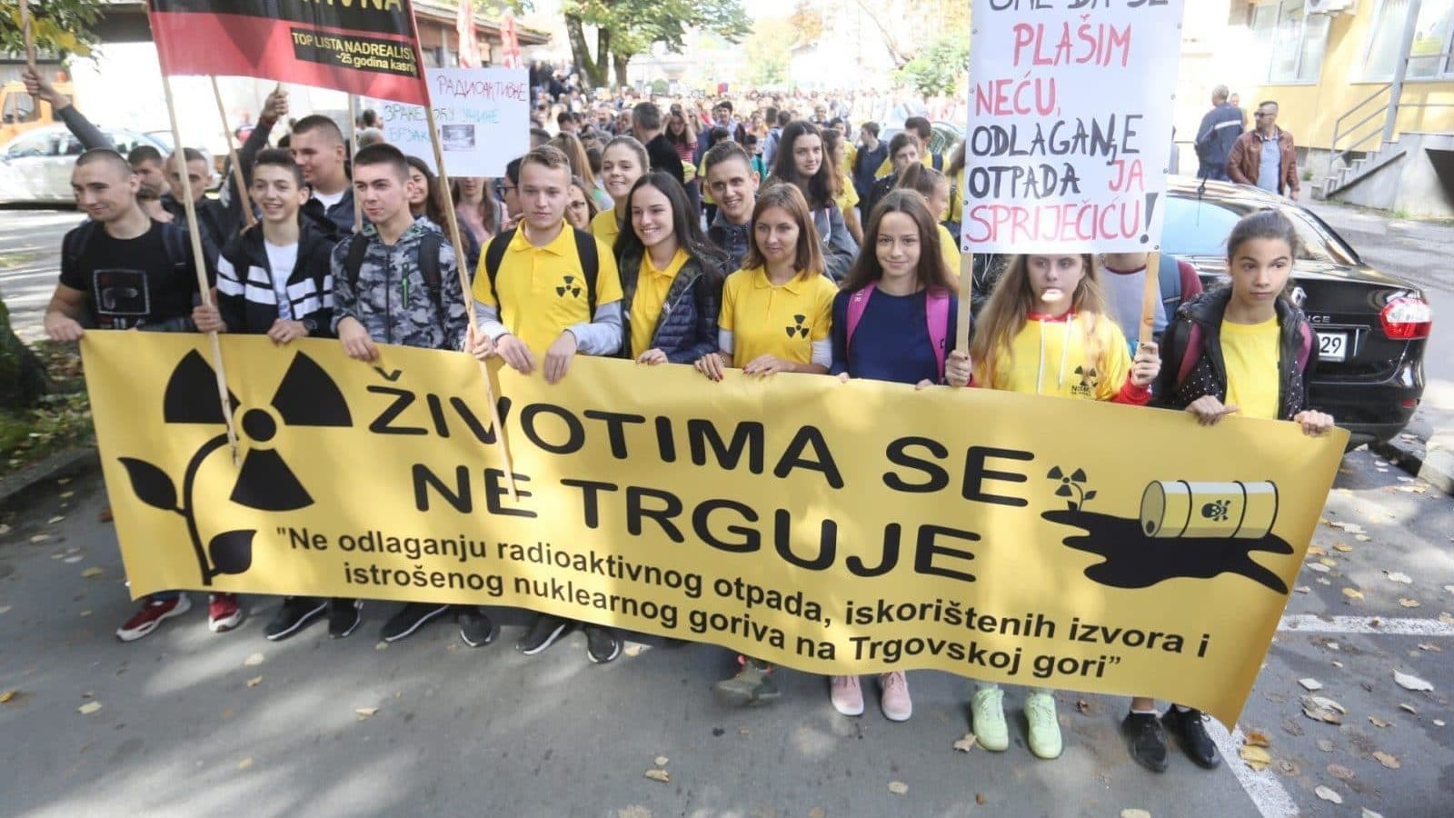 Bosnians Protest Over Mooted Croatian Nuclear Waste Site | Balkan Insight