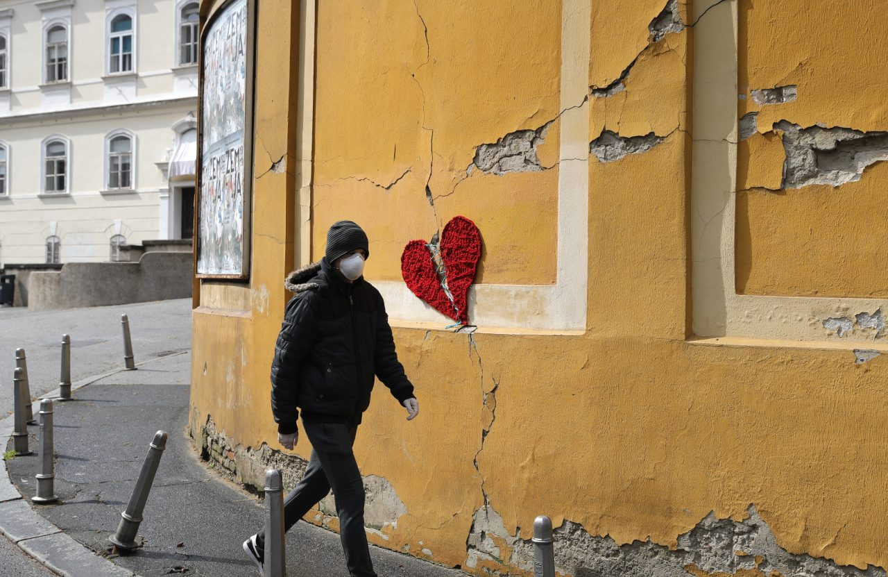 Croats Remain Traumatised By Quake Damage To Capital Balkan Insight