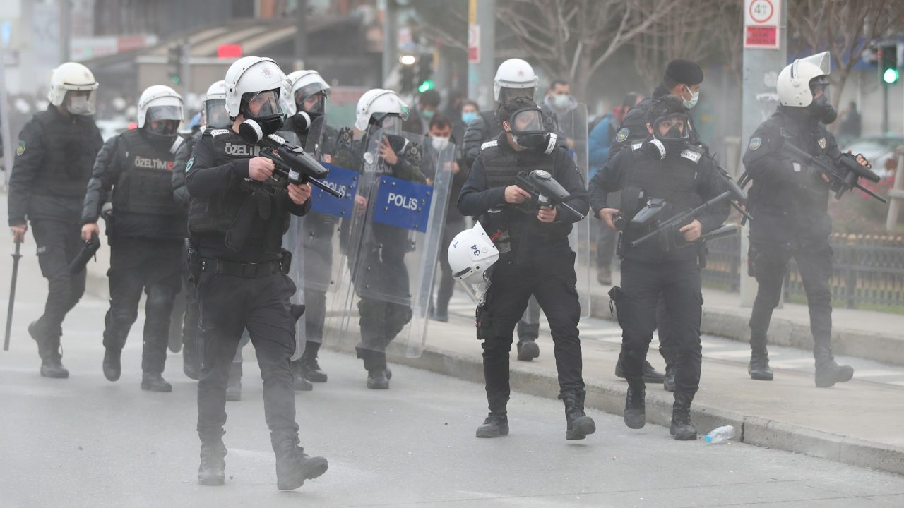 Turkey Bans Citizens From Filming Police at Protests | Balkan Insight